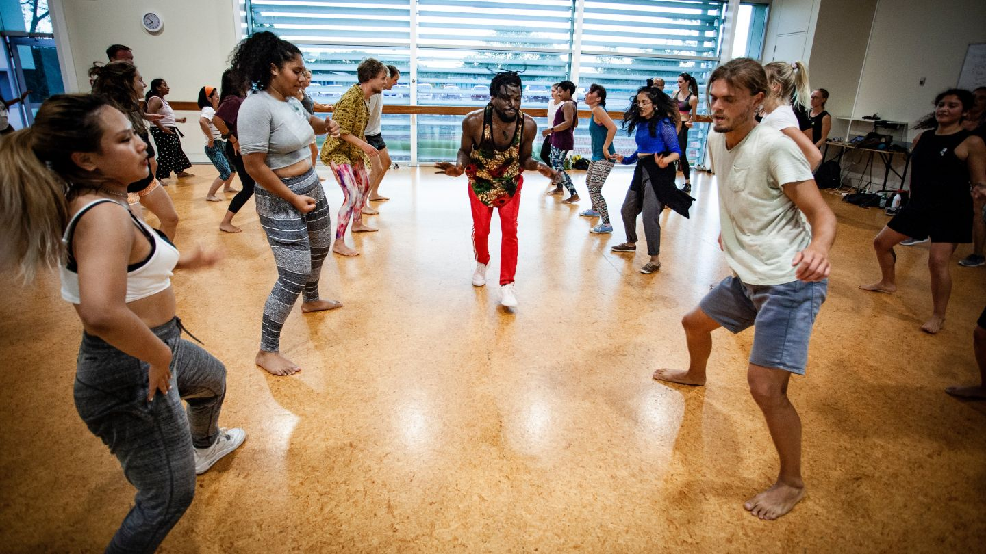 Afro with Antonio- Afro-fusion online classes photo 1