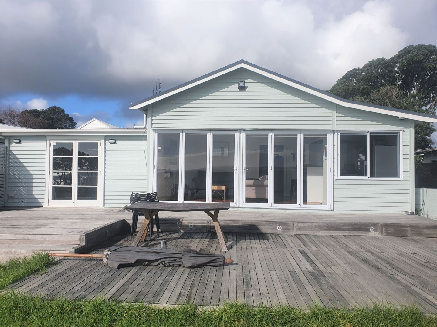REMOVAL, ONE BEDDIE, AUCKLAND photo 14