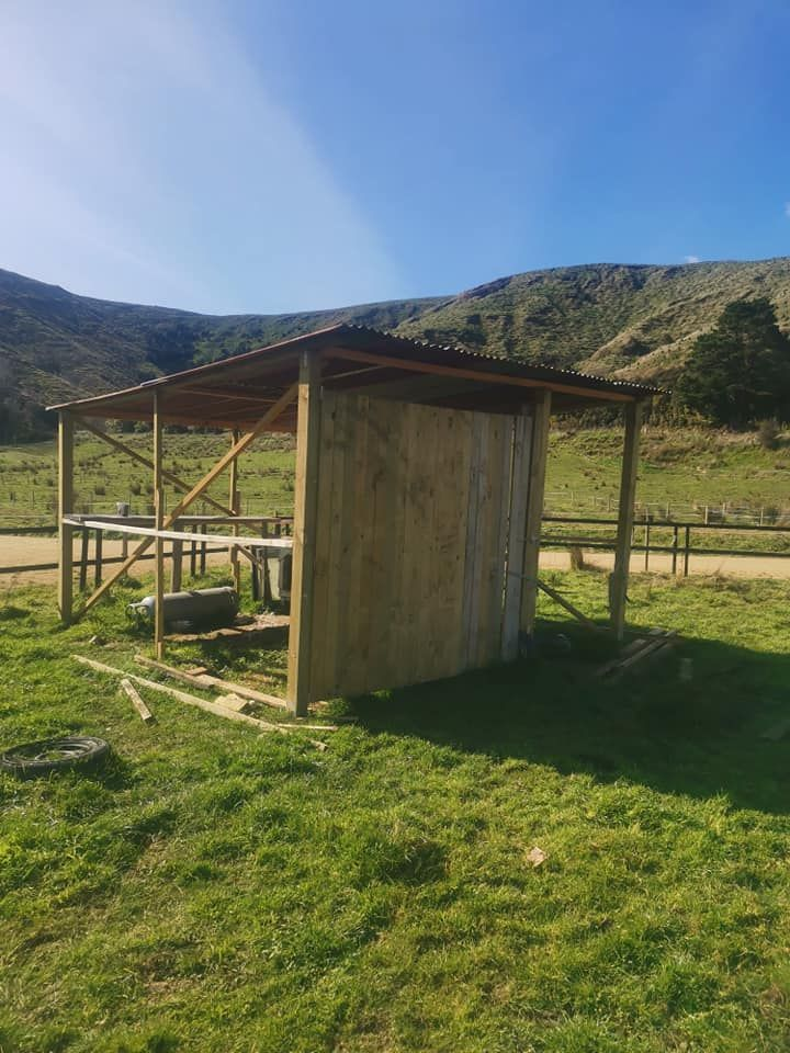 Secluded Lifestyle for sale with horse set up if needed with river photo 5