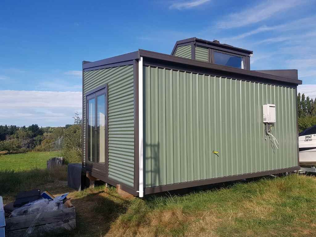 Tiny House (for sale for removal) photo 1