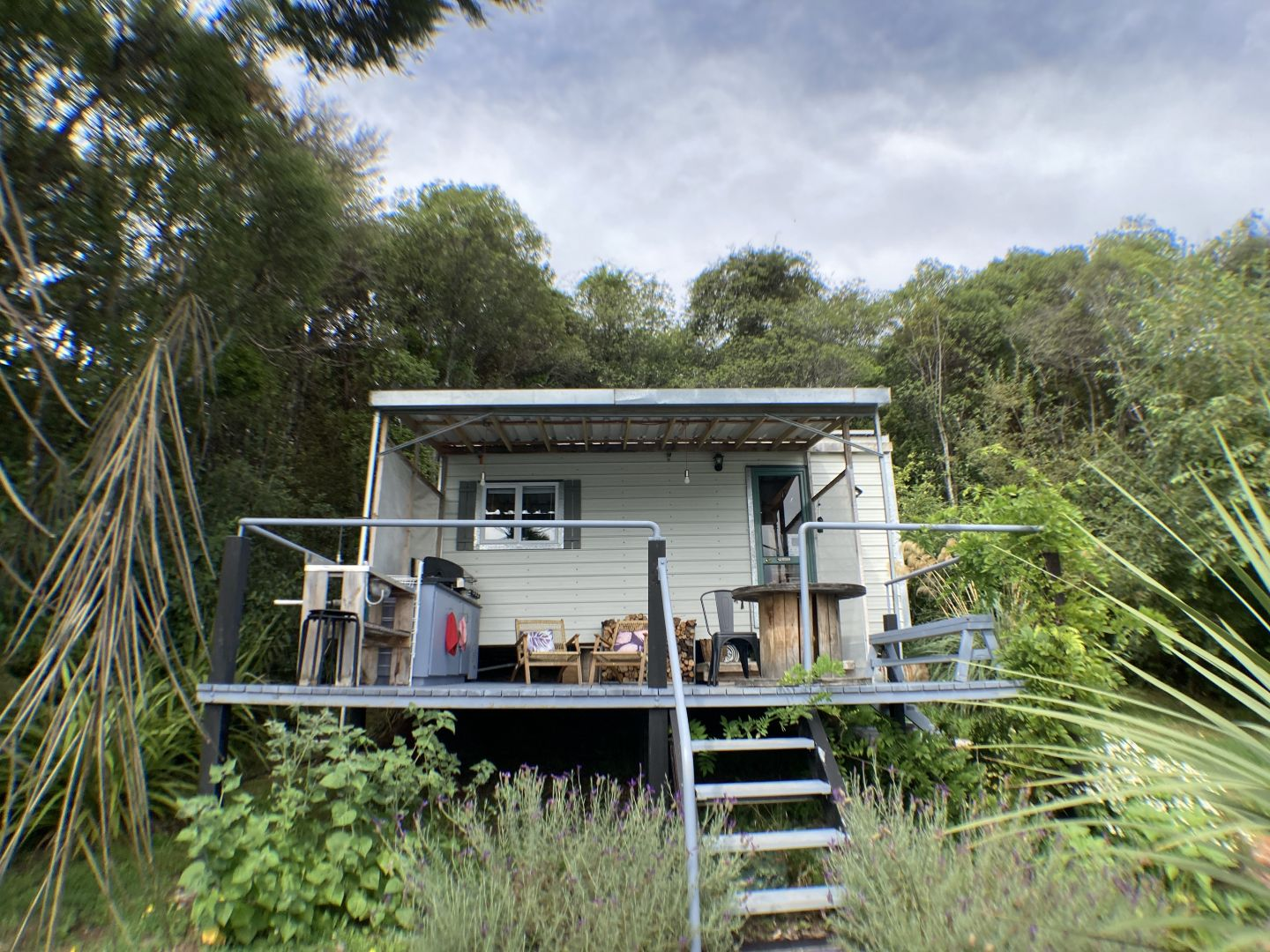 South Island Tiny House Airbnb in Dunedin- OCEAN VIEWS