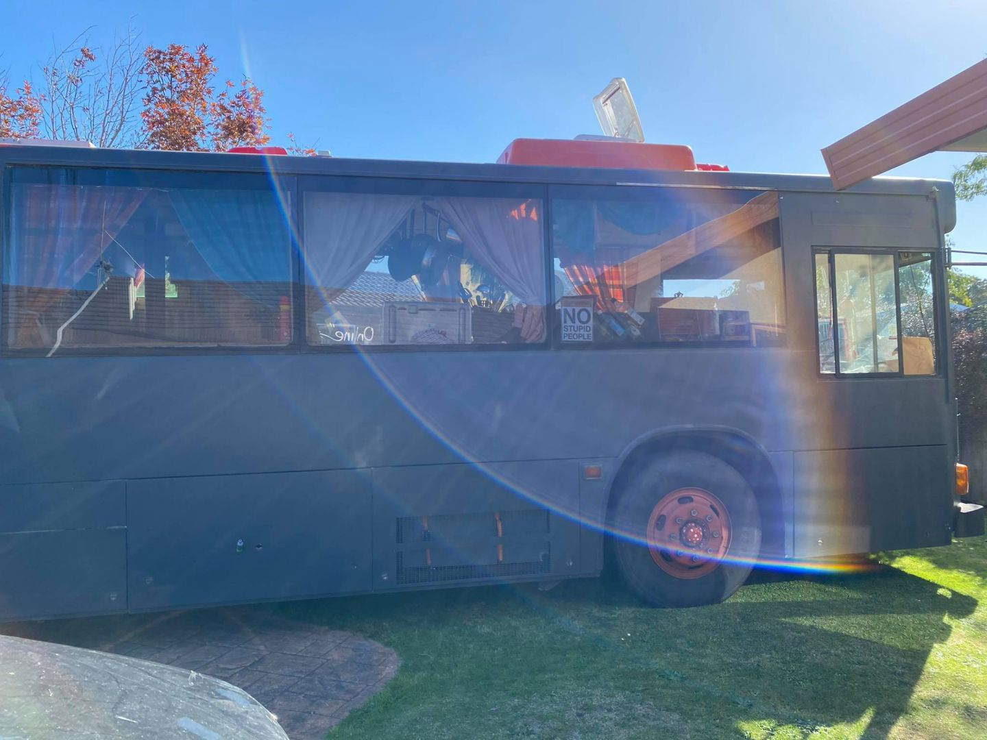Fully Self Contained Family Bus for 5 photo 11