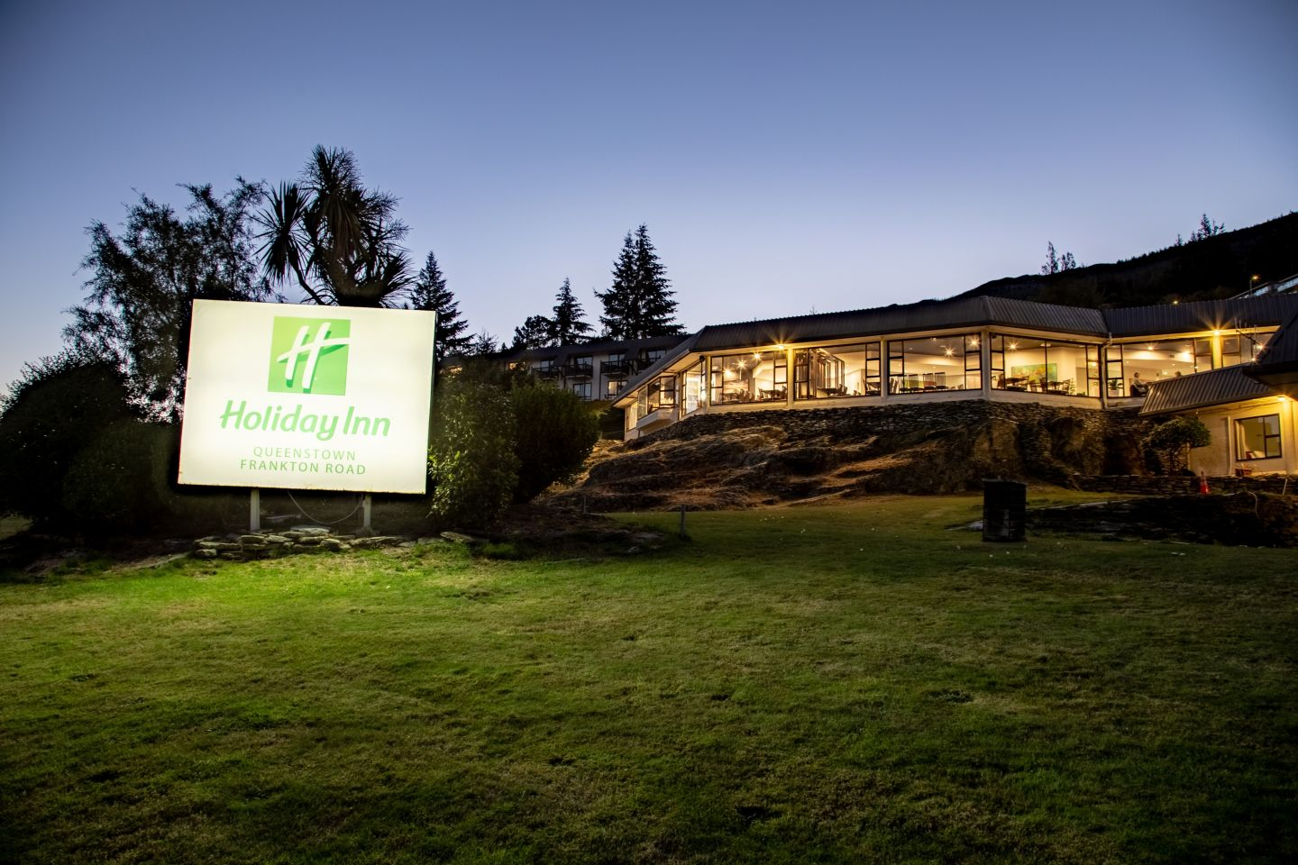 Lakeview Wellness by Holiday Inn Queenstown photo 0