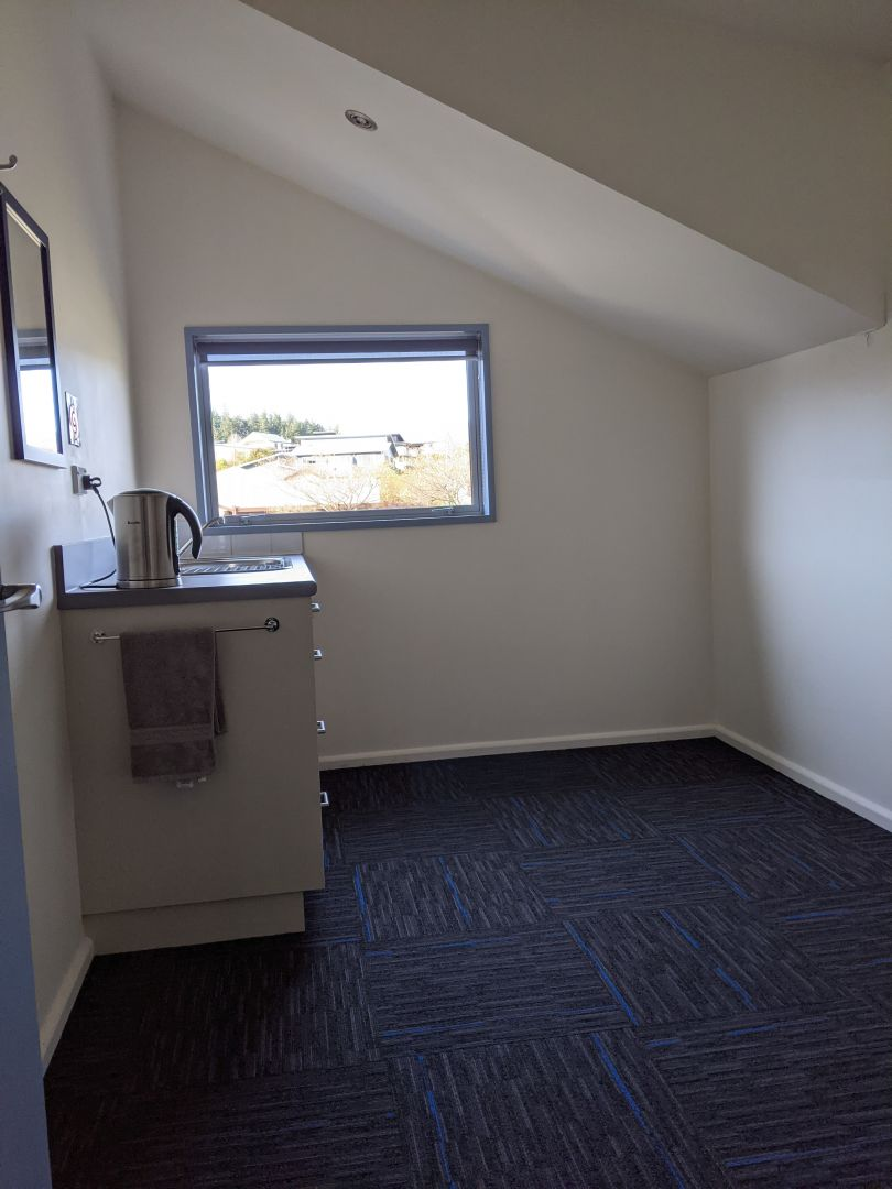 Modern Office Spaces for Lease photo 0