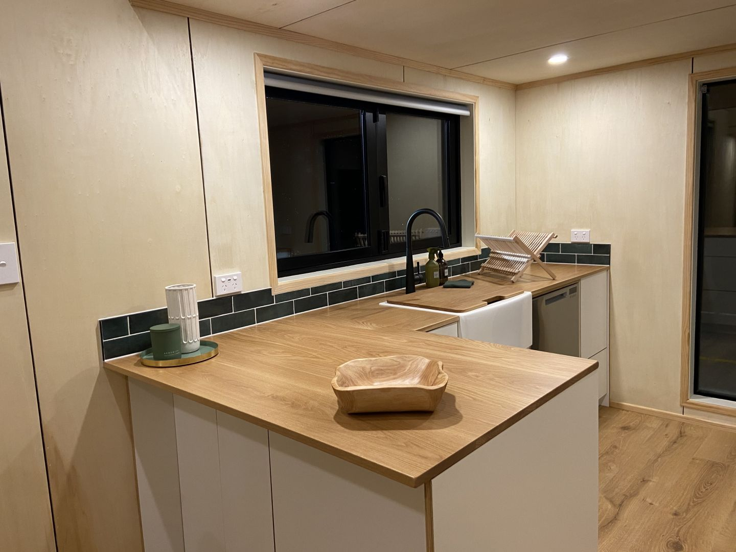 Tiny Homes & Cabins from 4.2 metres up to 9 metres photo 5